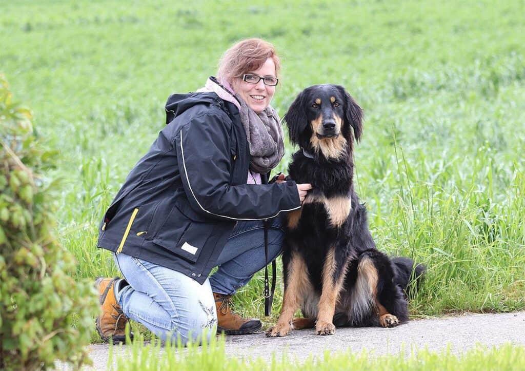 Hovawart Zucht Alpensturm Sandra Siegrist und Galeija